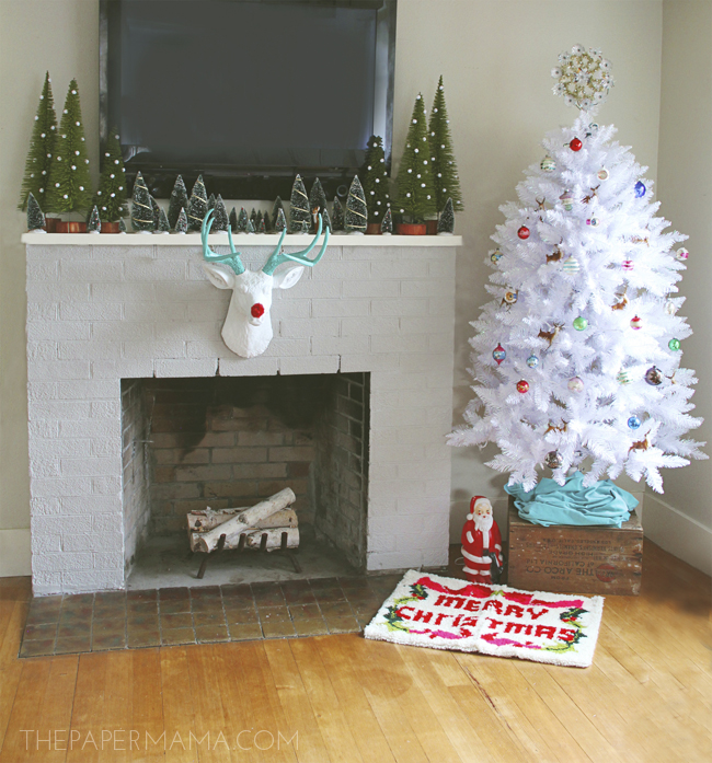 Holiday Mantel Makeover #HolidayShelfie