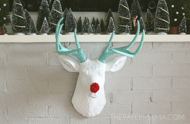Holiday Mantel Makeover #HolidayShelfie