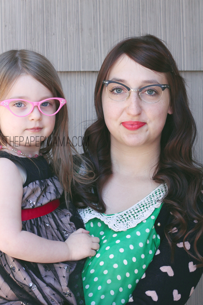 Cateye Glasses // thepapermama.com