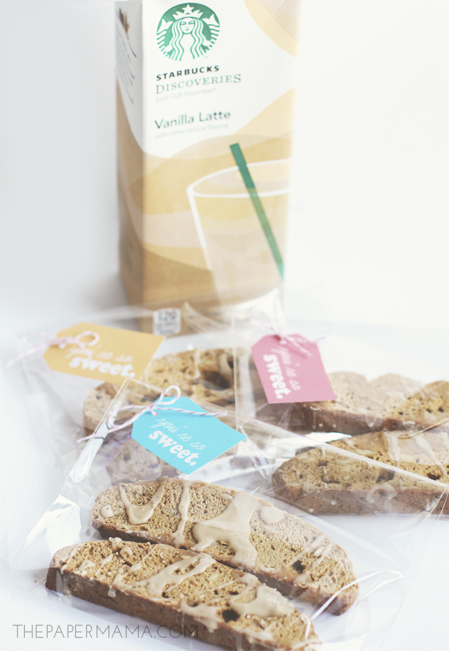 Pumpkin Biscotti with Coffee Glaze Recipe (and free gift tag printable) // thepapermama.com