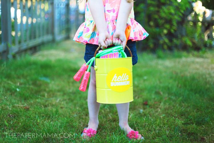 Summer Fun Storage Bucket DIY