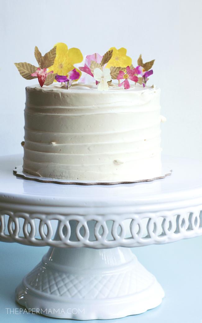 Paper Flowers Cake Decor // thepapermama.com
