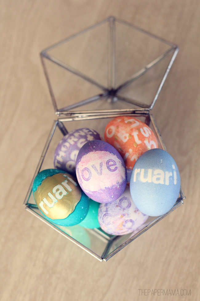 Wordy Easter Eggs // thepapermama.com