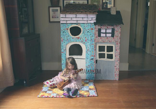 Cardboard Box Playhouse // thepapermama.com