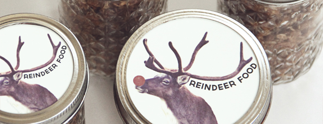 Day 33 of 50 DIY Days of Christmas: Reindeer Food Jar Labels // thepapermama.com