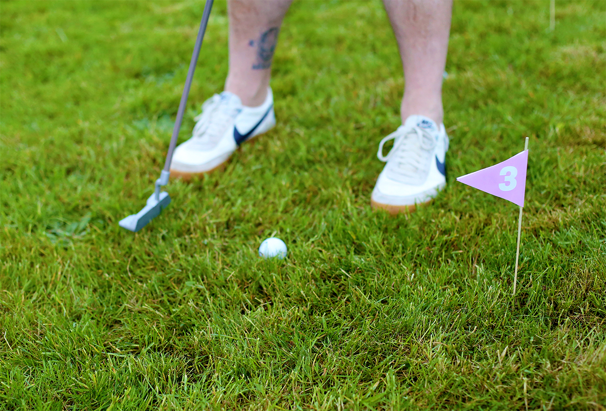 My husband and I used to enjoy heading to the golf course for fun, but when  we had kids we ran out of time to do that. Priorities change a lot when ... - Front Yard Putt Putt (with Free Printable Flags) + Date Night - The