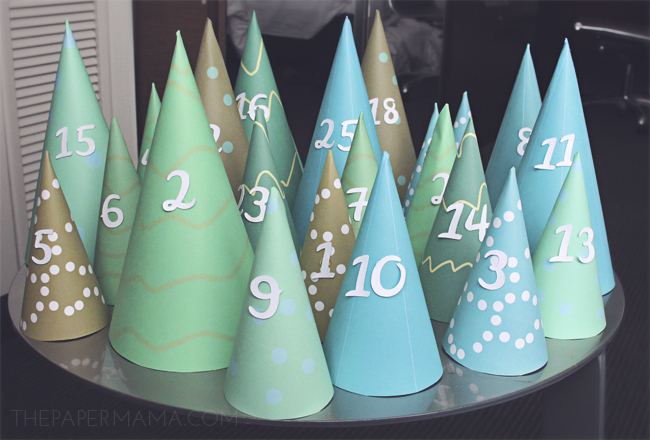 Modern Christmas Tree Cone Advent Calendar // thepapermama.com