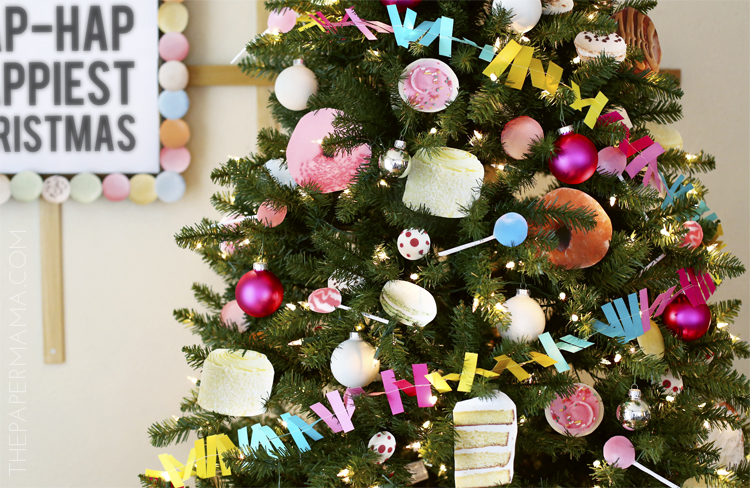 Day 22 Christmas Decor: Sweet Cravings Christmas Tree (with free printables)