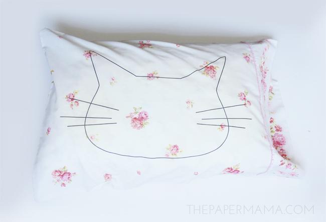 Cat Head Pillowcase DIY