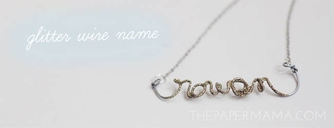 Glitter Wire Necklace: 50 DIY Days of Christmas // thepapermama.com