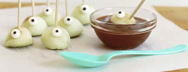 Spooky Eyeball Apples Bites with Orange Cream Caramel Dipping Sauce Recipe