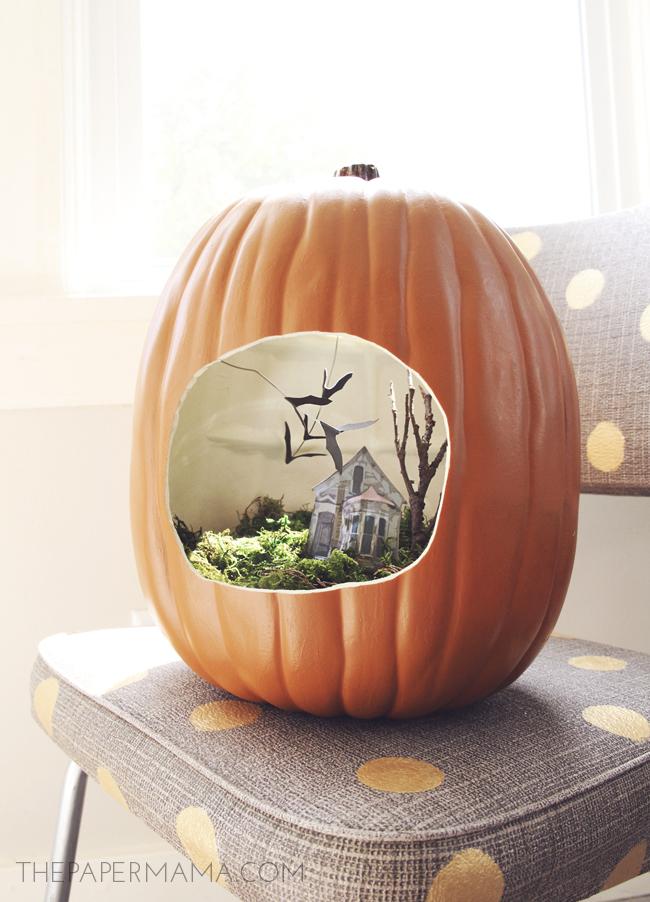 http://thepapermama.com/2013/08/spooky-halloween-terrarium.html