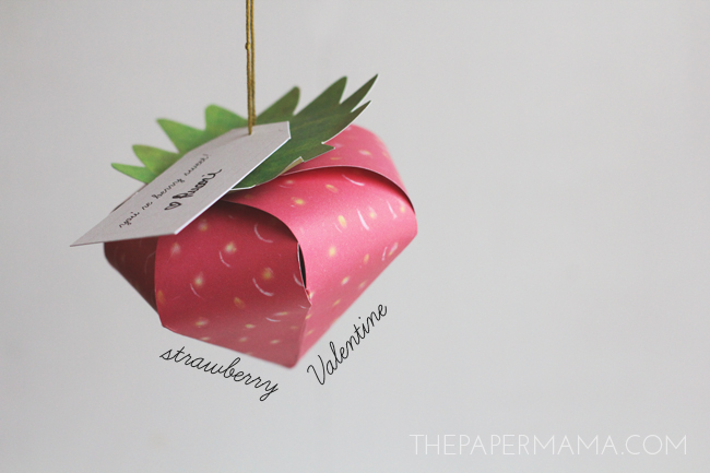 Strawberry Valentine DIY with Free Printables // thepapermama.com