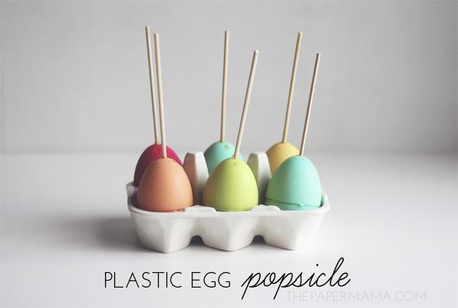 Plastic Egg Popsicle DIY // thepapermama.com