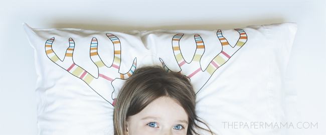 Christmas Decor: Antler Pillowcase DIY (with printable)