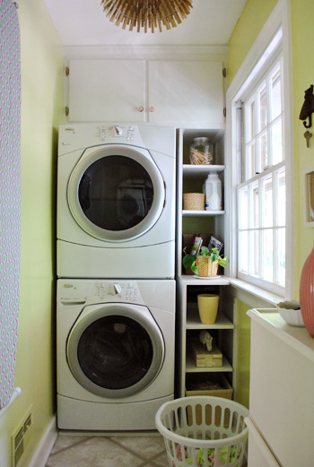Talk about utilizing the space you have. This small laundry space is wonderful. Check it out on Young House Love.