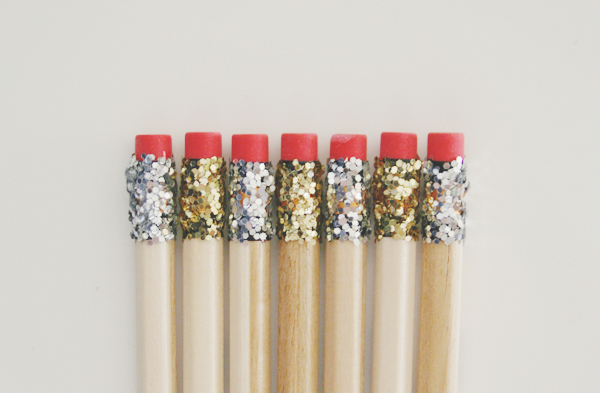 http://brunchatsaks.blogspot.com/2013/04/diy-glitter-pencils.html