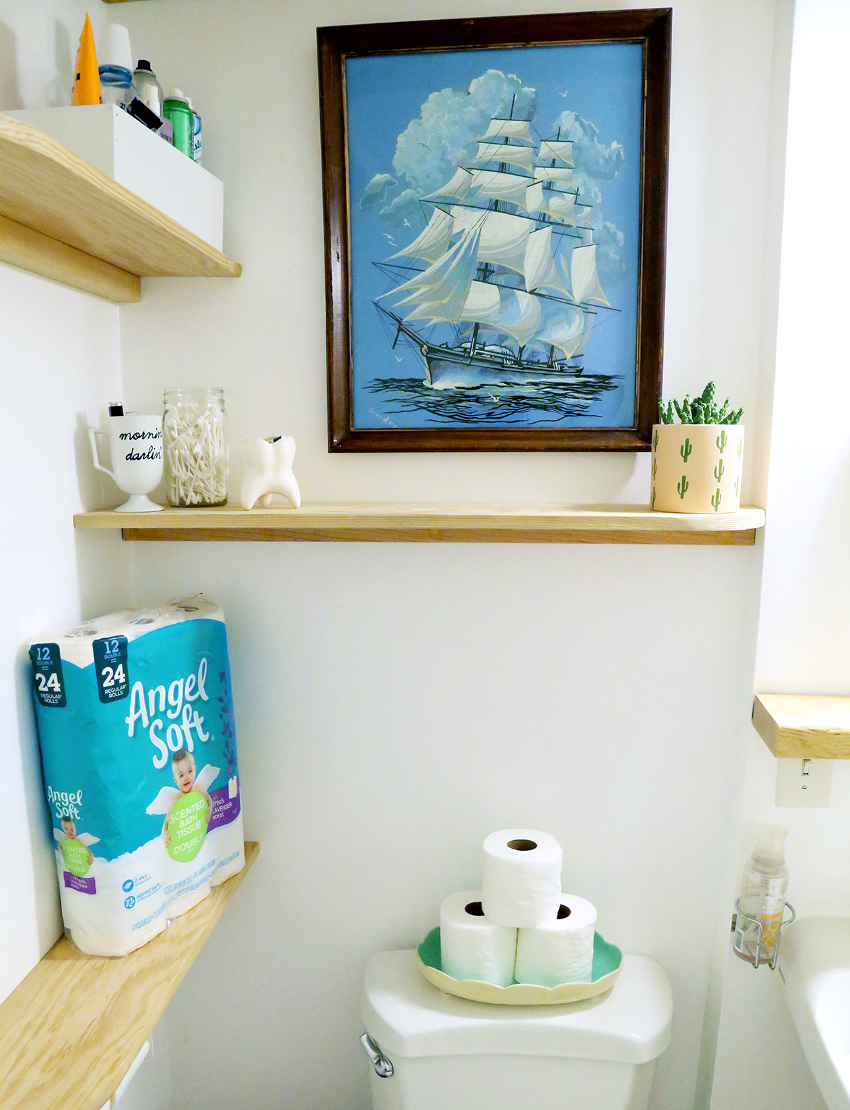 Faux Floating Shelving Units in Bathroom.