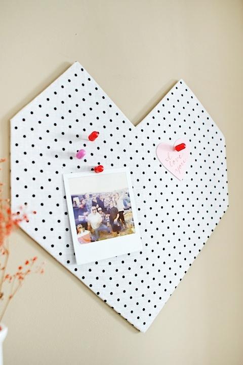 http://www.hellolucky.com/wordpress/2013/02/05/diy-valentines-day-geo-heart-bulletin/