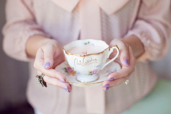 I always love a candle gift and I should definitely be making this tea cup candle DIY, from Hey Gorgeous Events.
