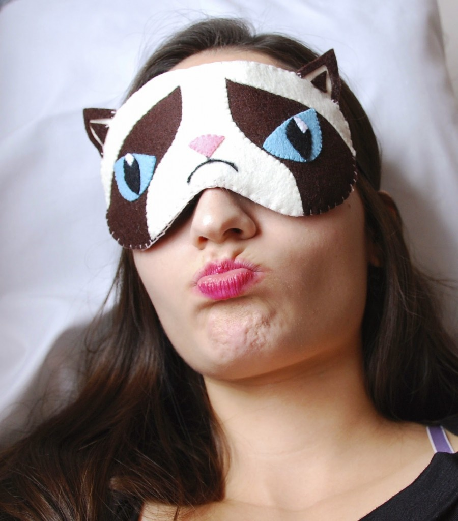 http://lovelyartclaudia.blogspot.com/2013/12/grumpy-cat-sleep-mask-grumpy-cat-eye.html