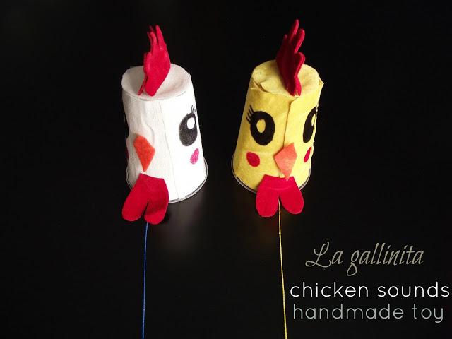 http://llevoelinvierno.blogspot.com/2012/09/la-gallinita-handmade-toy.html