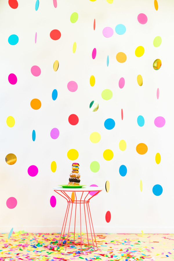 A floating confetti wall would be perfect for any party, from Studio DIY.