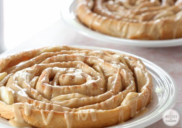 http://www.inspiredbycharm.com/2013/08/spiral-apple-bread-with-caramel-apple-glaze.html