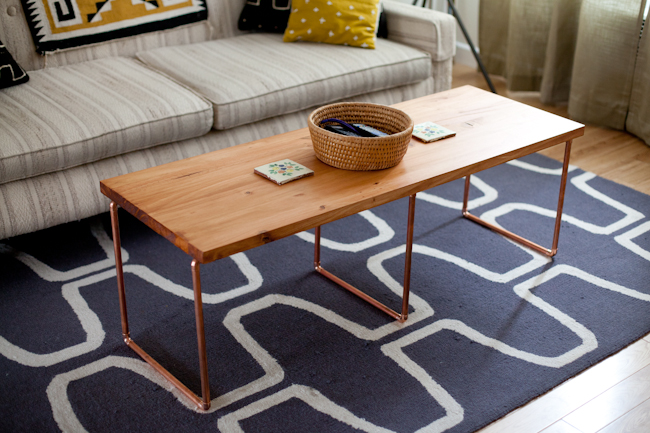This coffee table is wonderful! Find the tutorial on For Me For You.