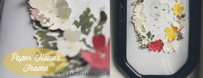 Day 18 of 50 DIY Days of Christmas: Paper Flower Frame (with free printables) // thepapermama.com