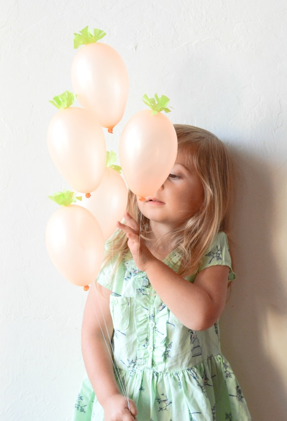 http://www.jacksandkate.com/mini-carrot-balloons/