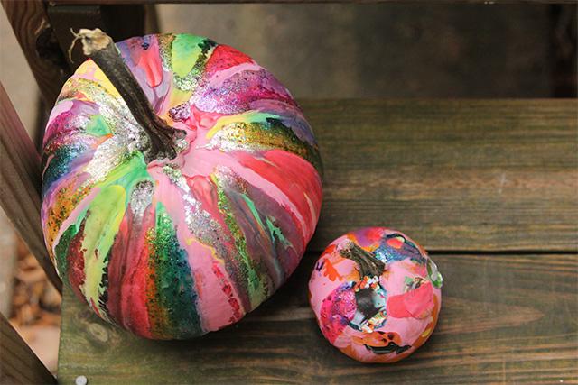 http://www.agirlnamedpj.com/diy-drip-paint-pumpkins-no-carve-pumpkins/