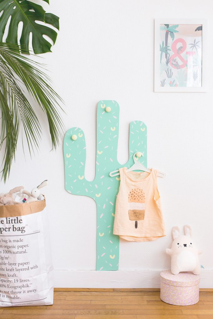 I LOVE this little DIY cactus coat rack. It would look cute in just about any kids room. Found on Carnets Parisiens.