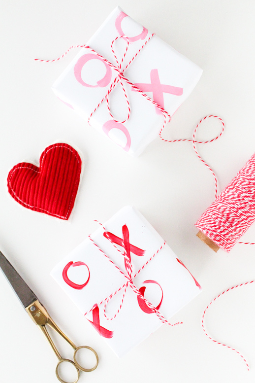 http://sugarandcloth.com/2013/02/diy-xo-gift-wrap-and-win-the-supplies/