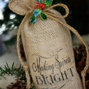 Burlap Wine Bottle Bags // hpcreate.com