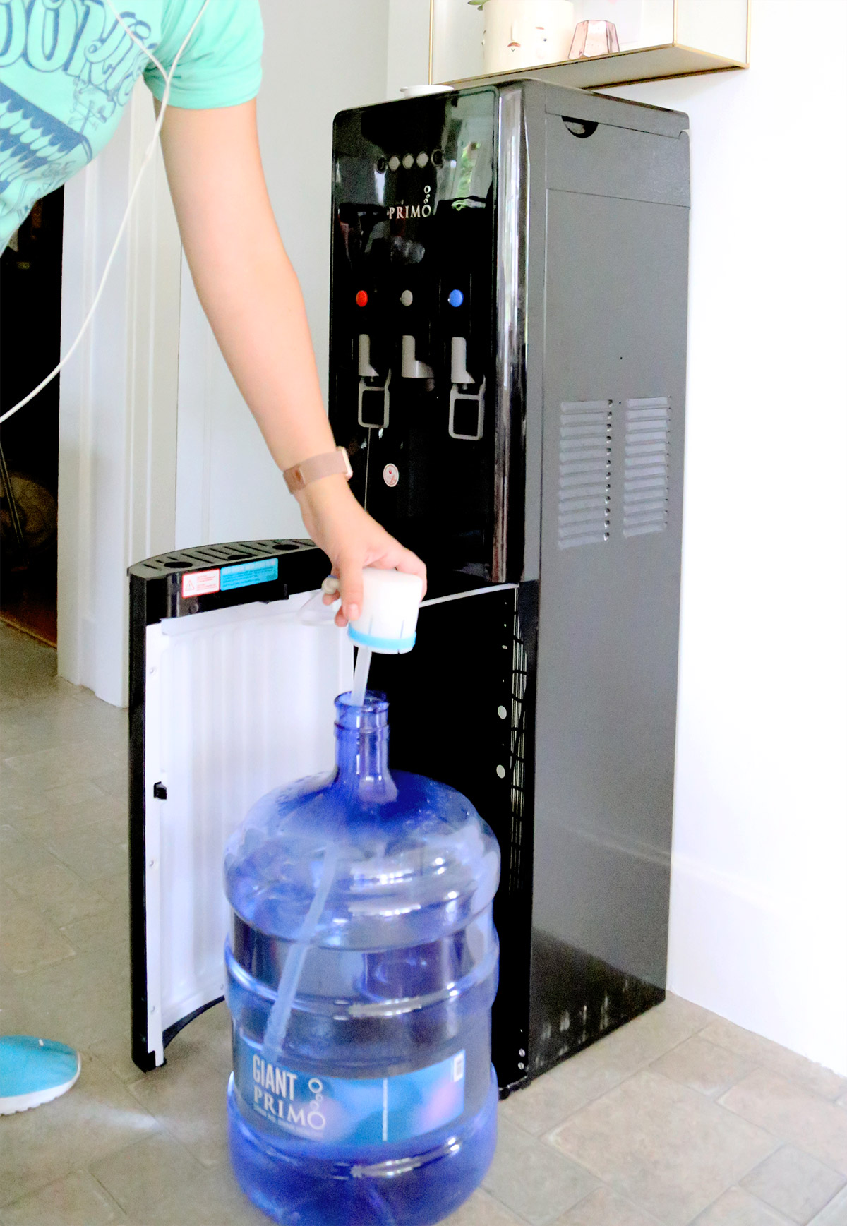 Setting up Primo water dispenser.